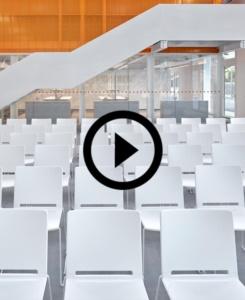 Sedie Multi per il nuovo centro culturale e scientifico